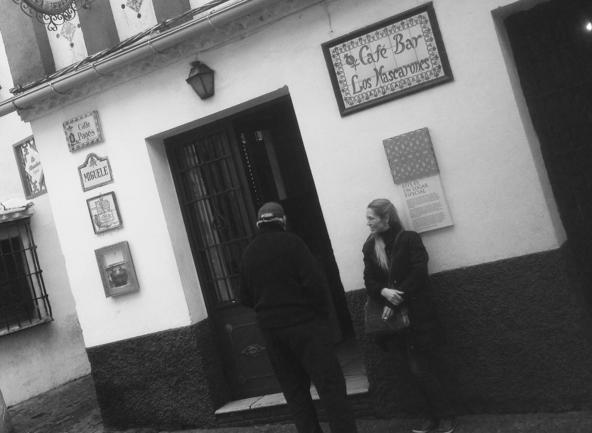 Cafe Bar Los Mascarones im Stadtviertel Albacin